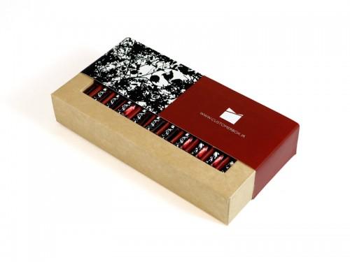 جعبه فال شب یلدا (20 عددی) - هدیهای که به یلدا شور و نشاط میبخشد